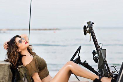 Sunny Leone's Hot Bikini Pics: सनी लियोनी की बोल्ड तस्वीरें इंटरनेट पर हो रही है वायरल, देखें तस्वीरें