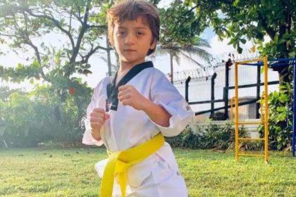 Abram Birthday Special: शाहरुख खान के बेटे अब्राहम ने अपनी इन क्यूट तस्वीरों से इंटरनेट पर बटोरीं थी सुर्खियां
