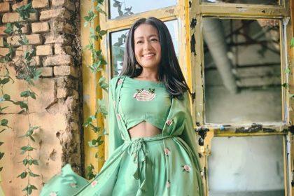 Neha Kakkar Photos: मशहूर सिंगर नेहा कक्कड़ का ये ग्लैमरस लुक देख बन जाएगा आपका दिन, यहाँ देखे तस्वीरें