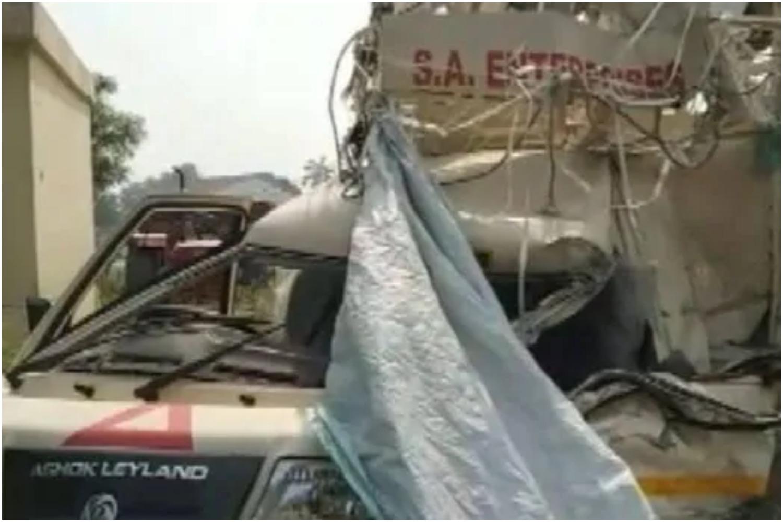 अयोध्या नेशनल हाइवे के हादसे में 21 मजदूर हुए घायल, घायलों को अस्पताल में किया गया भर्ती