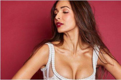 Priyanka Chopra to Malaika Arora: Bollywood actresses donned bold outfits buzz on Internet