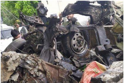 पुलवामा में एक आतंकी हमलें को किया गया नाकाम, सुरक्षाबलों ने विस्फोटकों से भरी सैंट्रो को उड़ाया