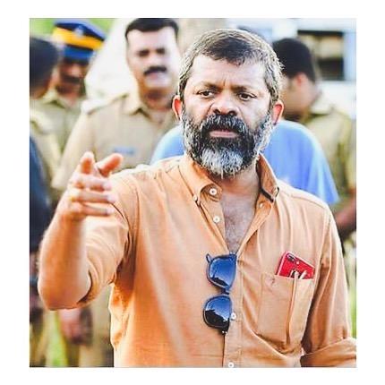 फिल्म इंडस्ट्री पर एक और दुख की लहर, मशहूर मलयालम डायरेक्टर सैची का निधन, साउथ सेलेब्रिटीज ने दी श्रद्धांजलि