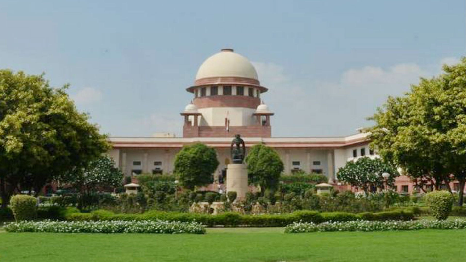 Supreme court ने दिल्ली सरकार को दी चेतावनी, डॉक्टरों और नर्सों को दंडित ना करे और ना ही धमकाए