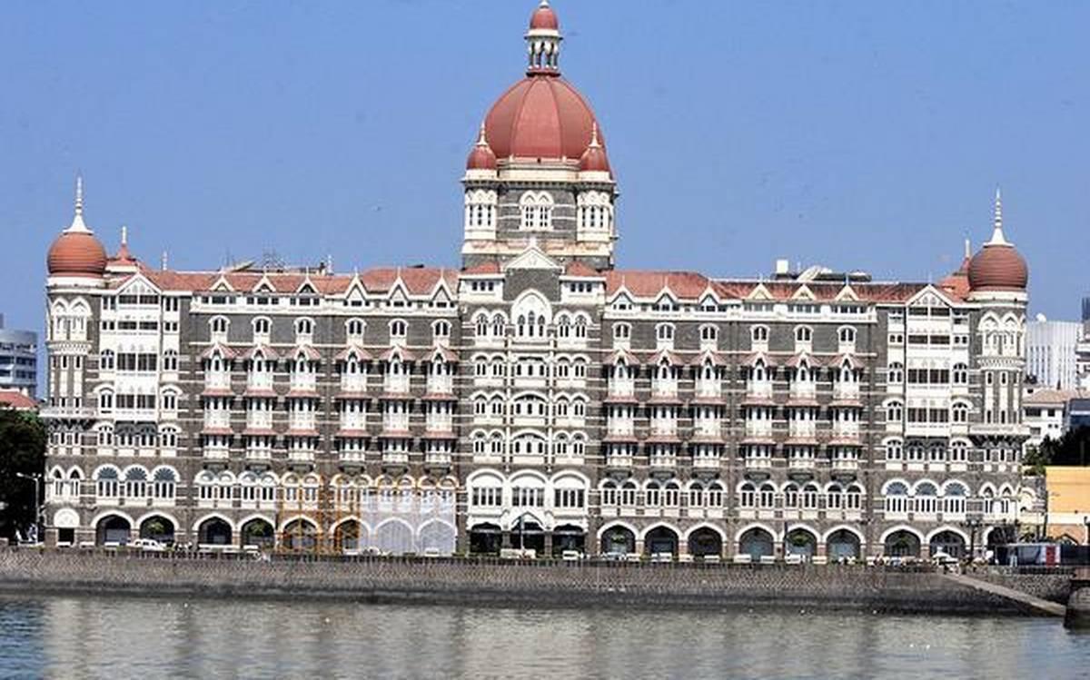 पाकिस्तान से मुंबई ताज होटल को मिली बम से उड़ा देने की धमकी, मुंबई पुलिस हैं हाई अलर्ट पर