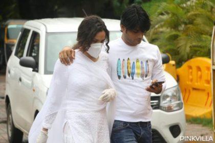 Sushant Singh Rajput Death: अंकिता लोखंडे पहुंची सुशांत के घर, मिली उनके परिवार से, देखें Photos