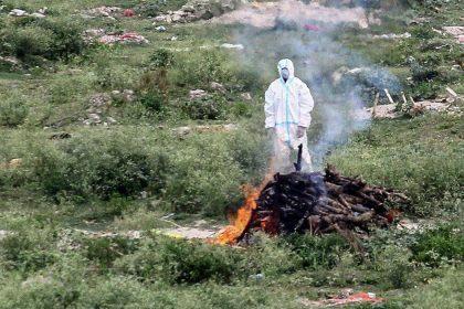 जम्मू में कोरोना से संक्रमित मरीज के अंतिम संस्कार में पहुंचे परिवार के दो सदस्य की हुई मौत