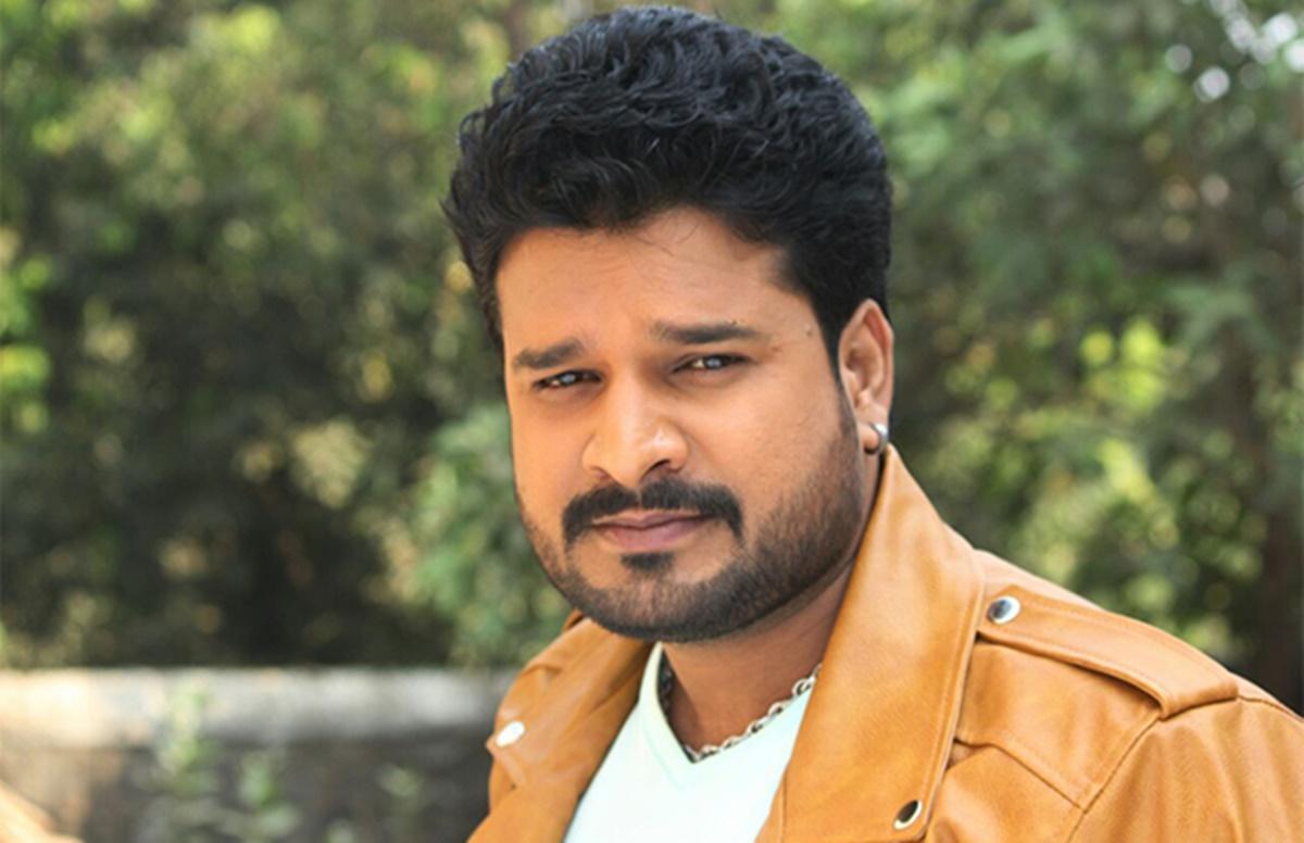 Bhojpuri Hit Songs: रितेश पांडे का गाना 'पियवा से पाहिले हमार रहलू' में आपको दिखेगा एक्टर जबरजस्त अवतार