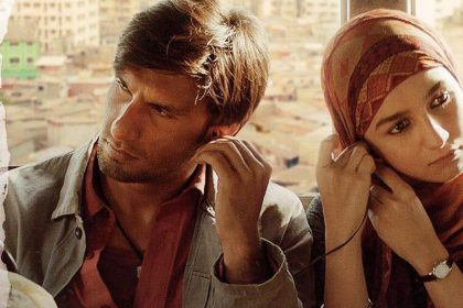रणवीर सिंह और आलिया भट्ट की फ़िल्म गली बॉय ने हासिल किया ये मुक़ाम, जानिये डिटेल्स