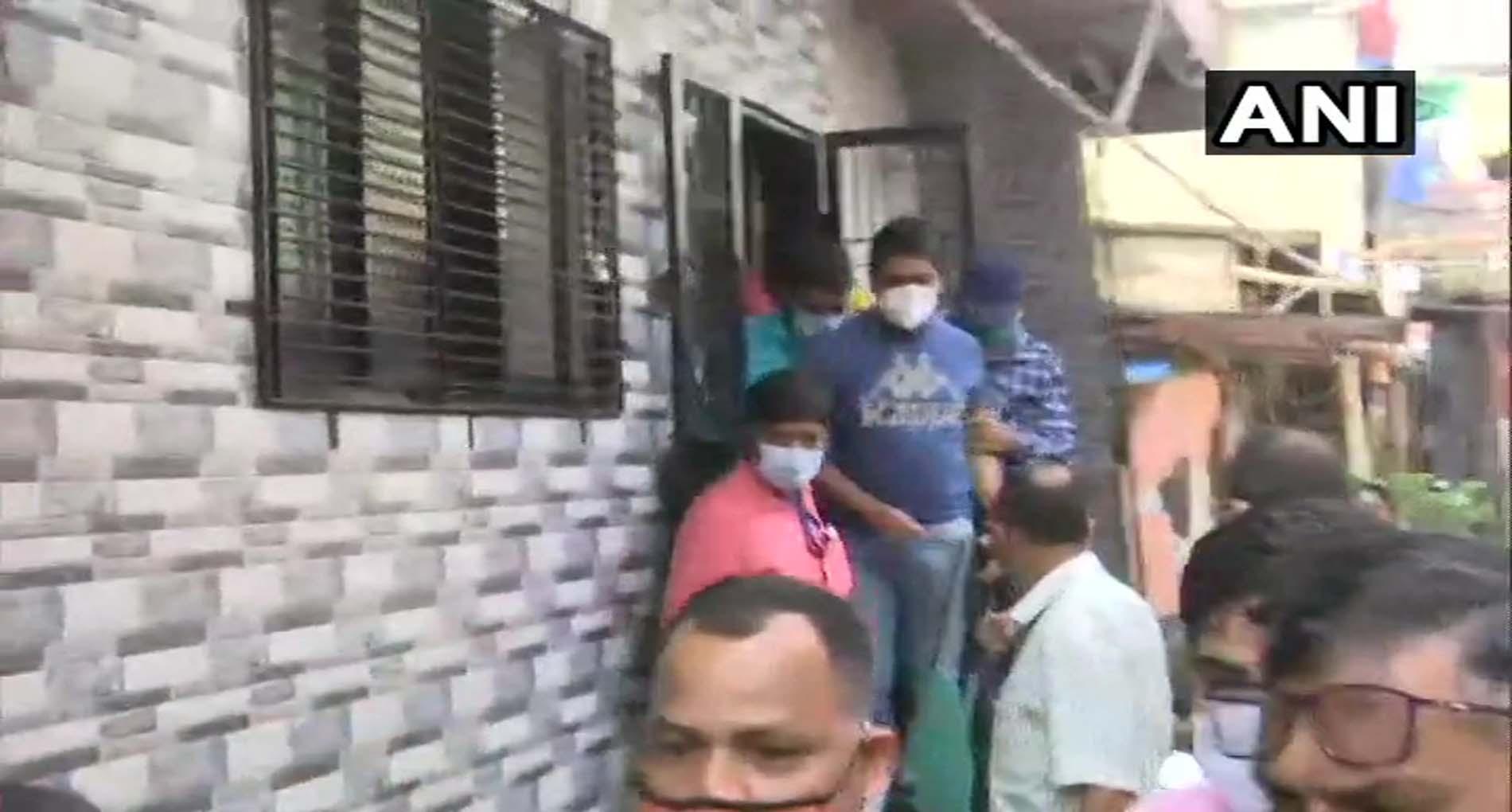 'ड्रग्स एंगल' में NCB का बड़ा एक्शन, सैमुअल मिरांडा को हिरासत में लिया, रिया के भाई को समन जारी