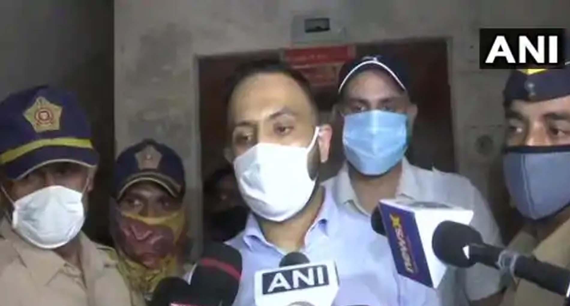 Sushant Case: सुशांत के स्टाफ दीपेश का कबूलनामा, कहा- रिया के इशारे पर घर आता था 'ड्रग्स'