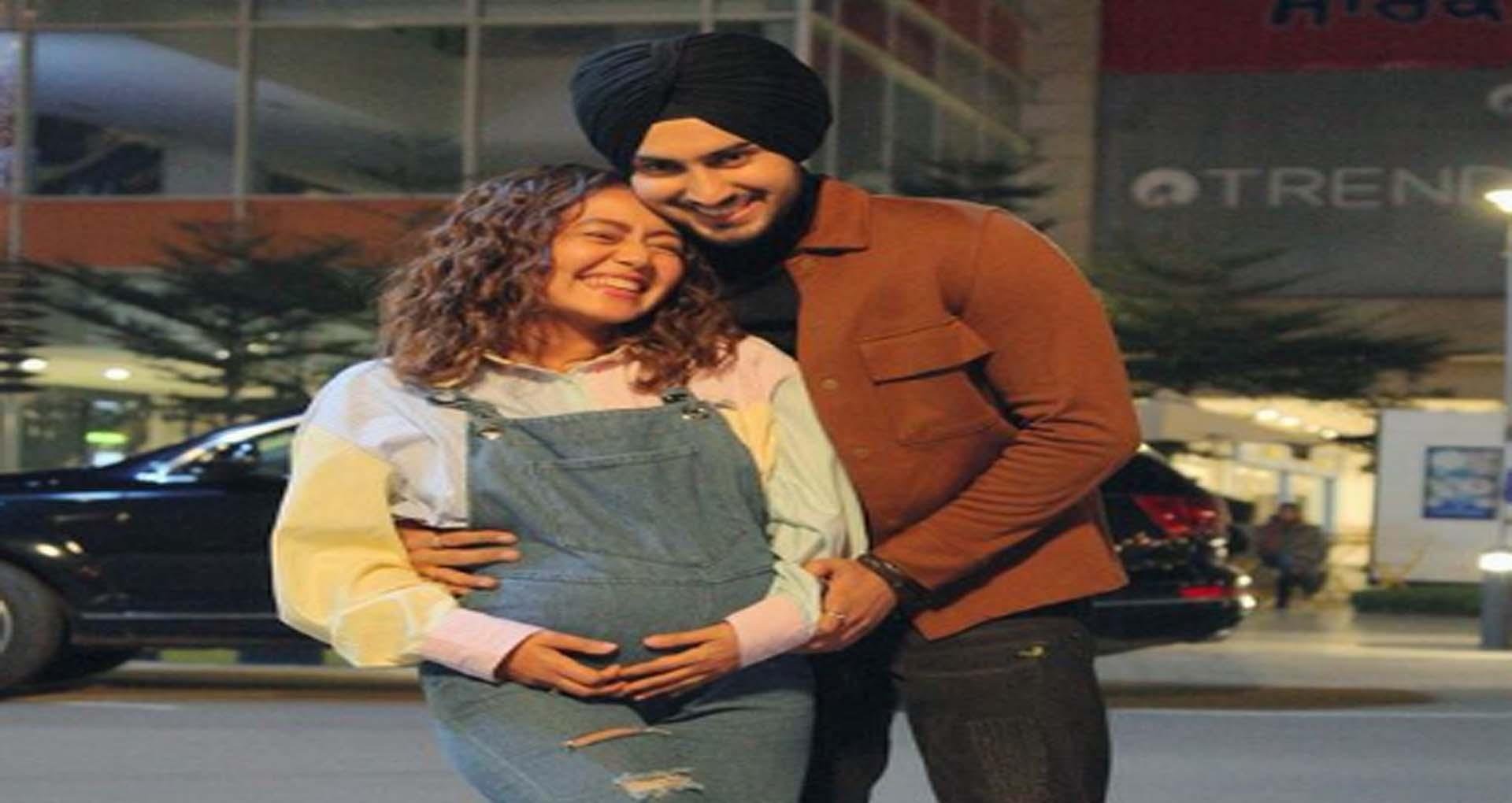 नेहा कक्कड़ और रोहनप्रीत सिंह के घर आने वाला है नन्हा मेहमान! फोटो शेयर कर दी खुशखबरी
