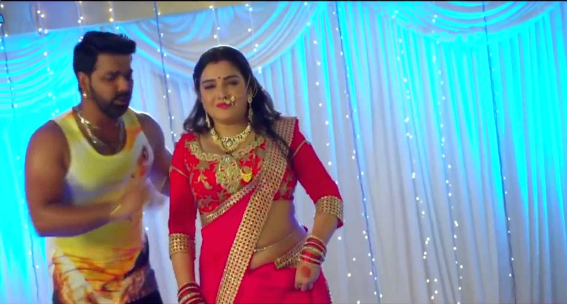 आम्रपाली दुबे और पवन सिंह की जोड़ी का ये गाना है यूट्यूब पर सबसे पॉप्युलर! देखें वीडियो