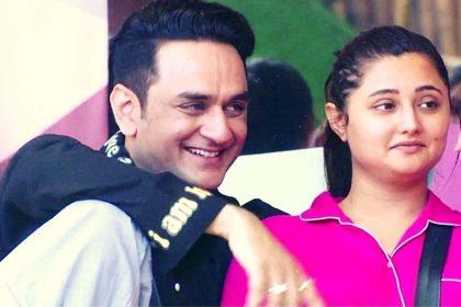 Bigg Boss 14: रश्मि देसाई ने साधा अर्शी खान पर निशाना, विकास गुप्ता को किया सपोर्ट