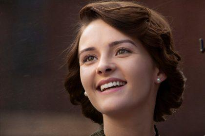 फ़िल्म 'आरआरआर' से आज अभिनेत्री ओलिविया मॉरिस का लुक हुआ रिलीज़!