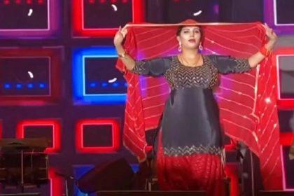 Sapna Choudhary Dance Video: सपना चौधरी ने घूंघट में नागिन धुन पर किया जोरदार डांस! देखें Video