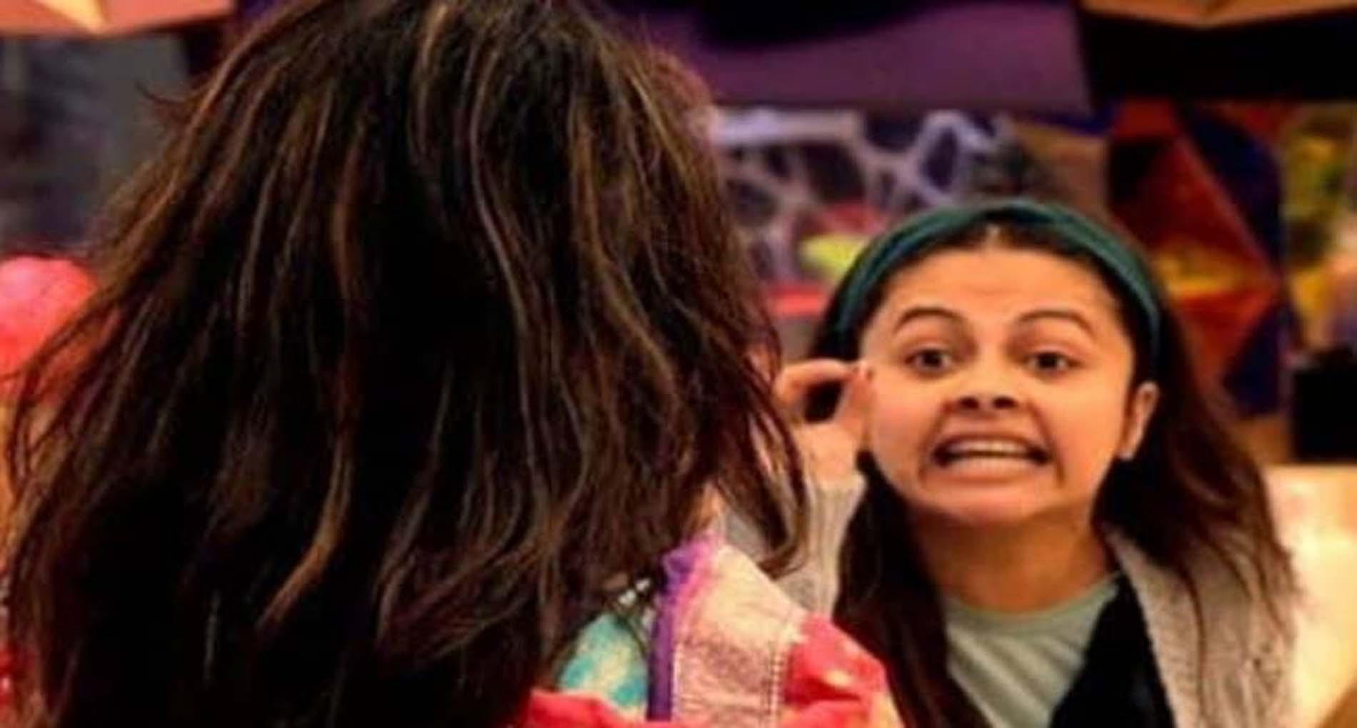 Bigg Boss 14: टीवी की 'संस्कारी बहू' देवोलीना ने घर में खोया अपना आपा! अर्शी से भिड़ीं