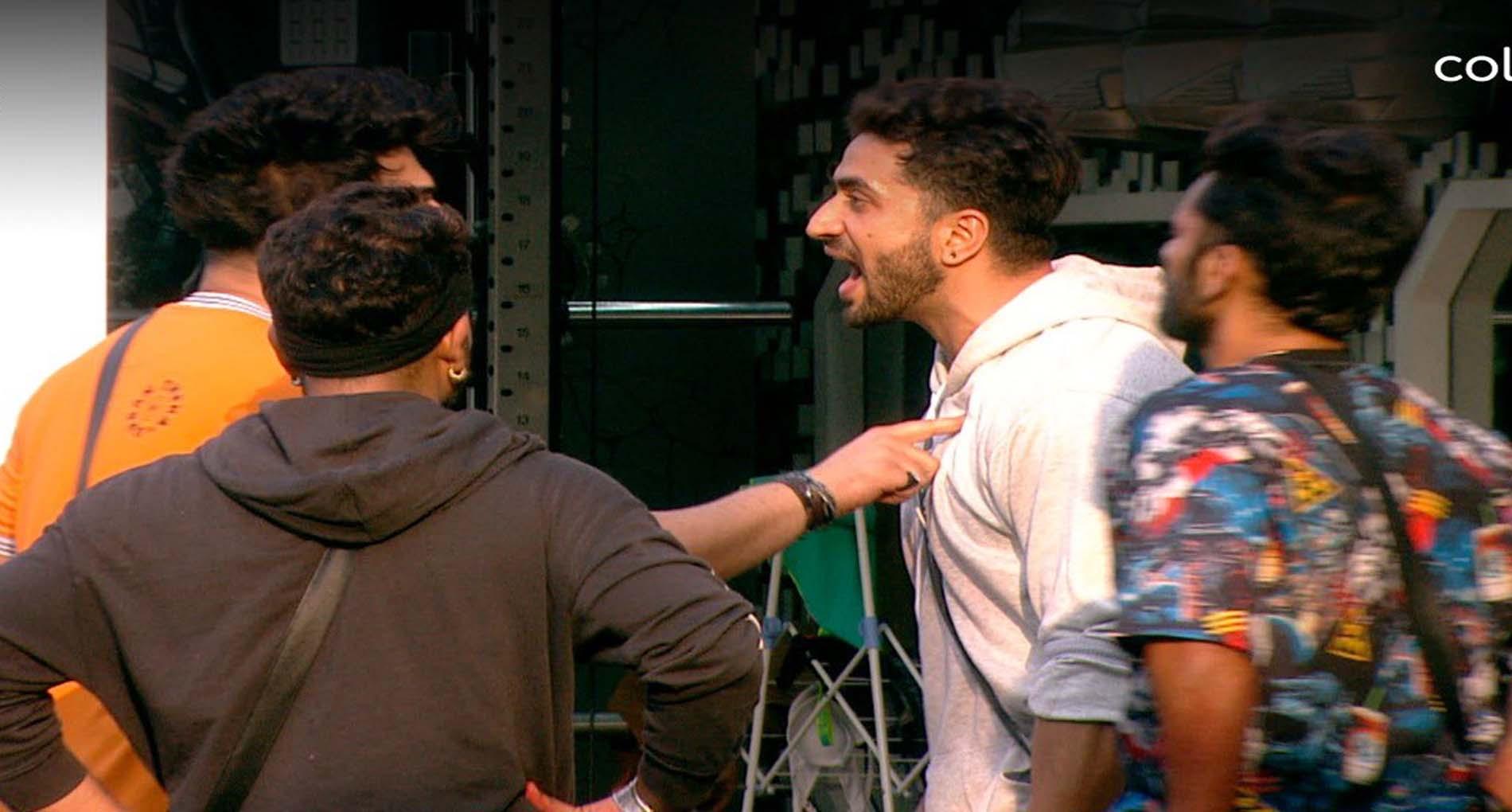 Bigg Boss 14: रुबीना ने जीता 'टिकट टू फिनाले'! अली गोनी ने पारस छाबड़ा पर उठाए सवाल