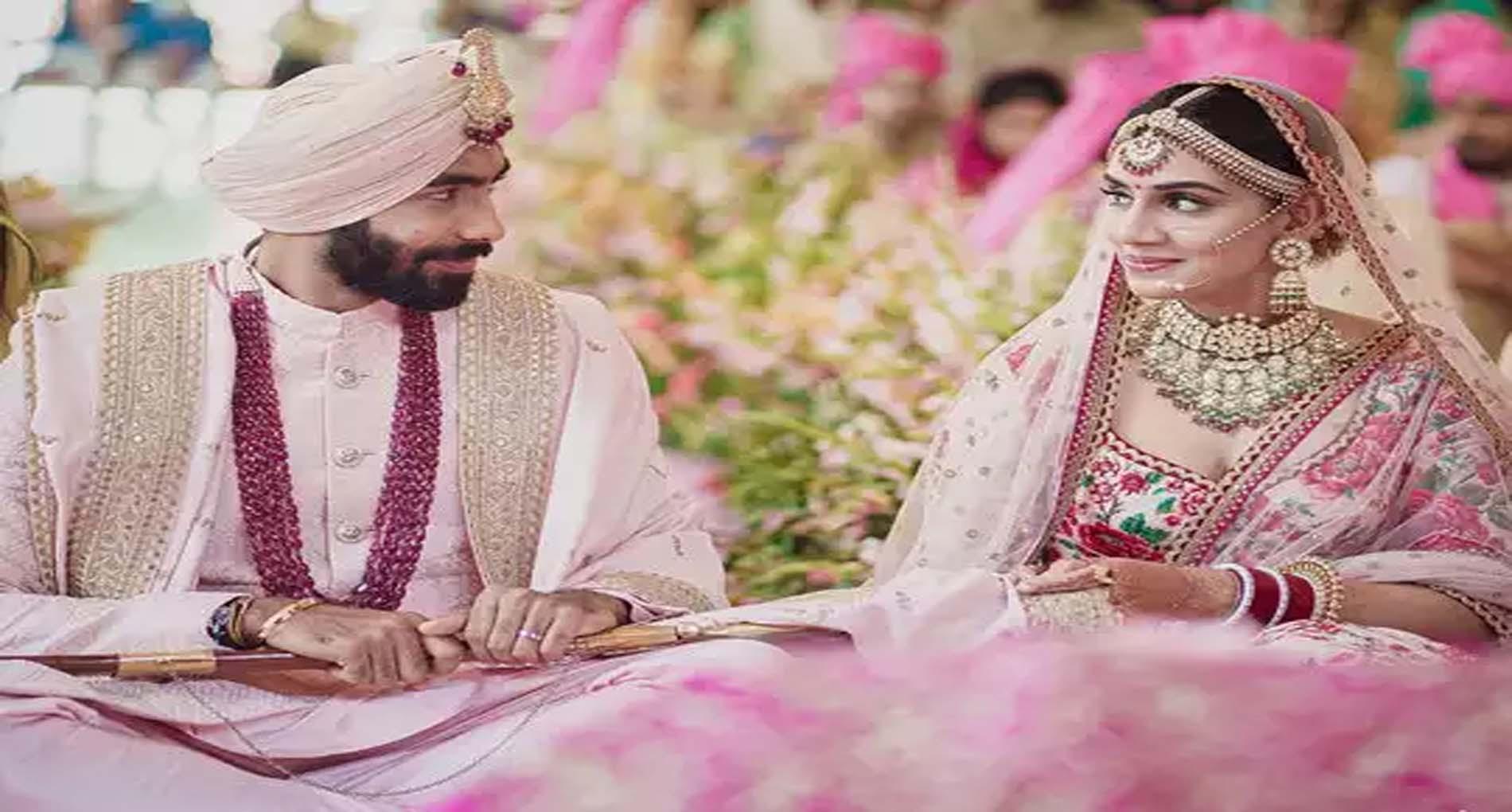 Jasprit Bumrah Sanjana Ganesan Wedding: जसप्रीत बुमराह ने रचाई संजना गणेशन से शादी, देखें फोटो
