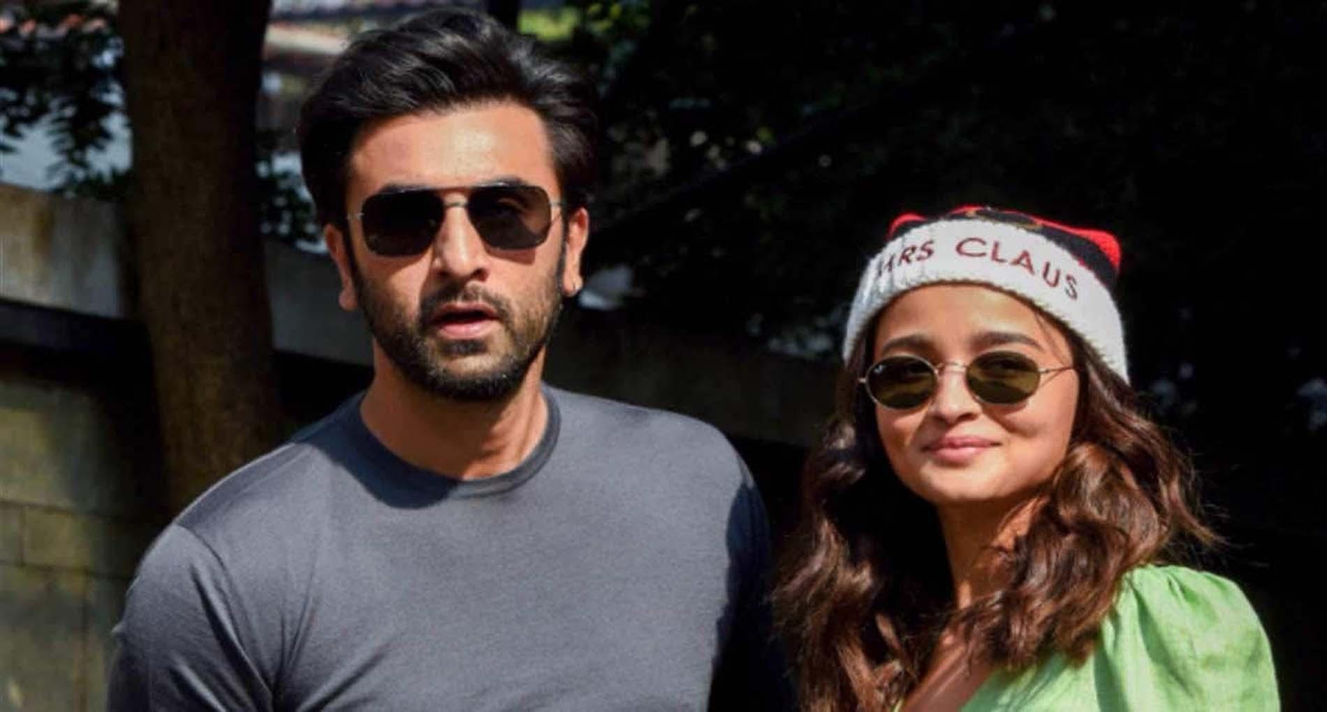 Bollywood Corona Update: रणबीर कपूर के बाद अब आलिया भट्ट भी आईं कोरोना की चपेट में!