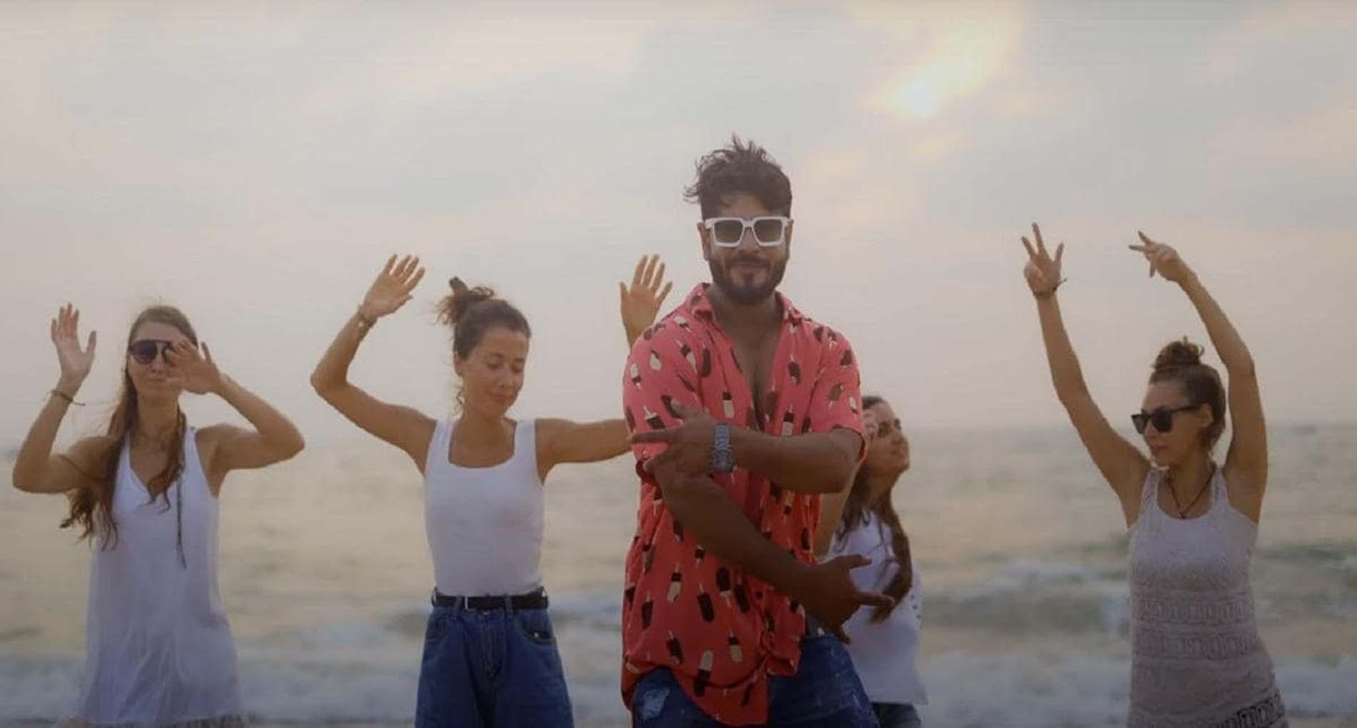 Haryanvi Song: विश्वजीत चौधरी का नया गाना 'कर्फ्यू' मचा रहा धूम! देखें वीडियो