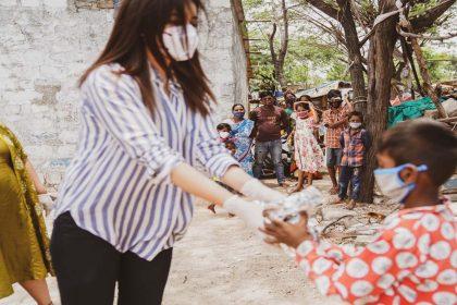 #BeTheMiracle पहल से जुड़ी राशी खन्ना!कोरोना से आहत हुए लोगों की करेंगी मदद