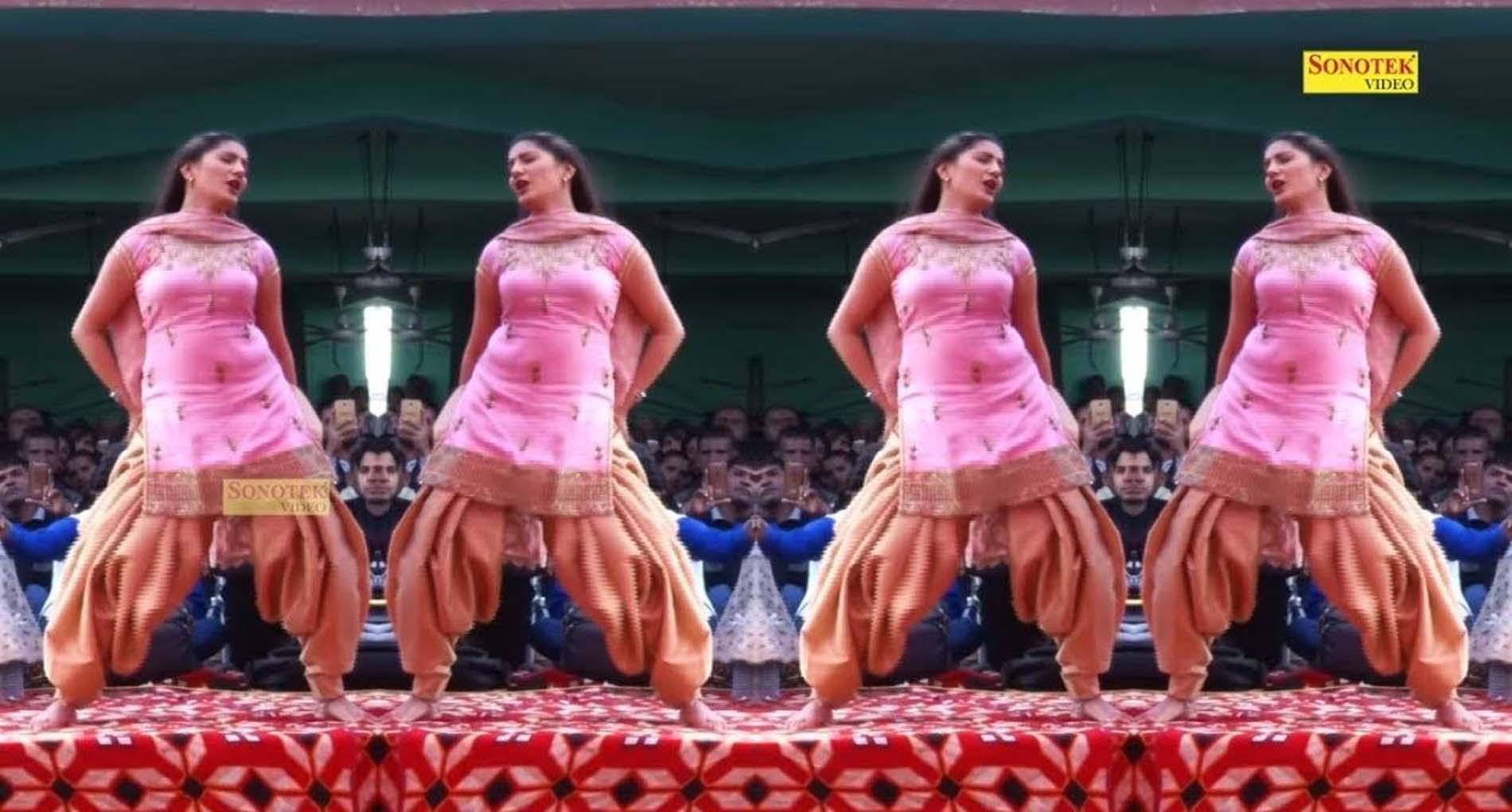 Sapna Choudhary Haryanvi Song: सपना चौधरी ने लोगों पर चलाई 'राइफल'! वीडियो हुआ वायरल