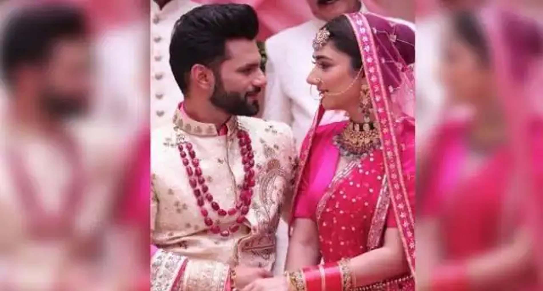 राहुल वैद्य ने किया अपनी शादी की तारीख का खुलासा! गर्लफ्रेंड दिशा परमार के संग इस दिन लेंगे सात फेरे